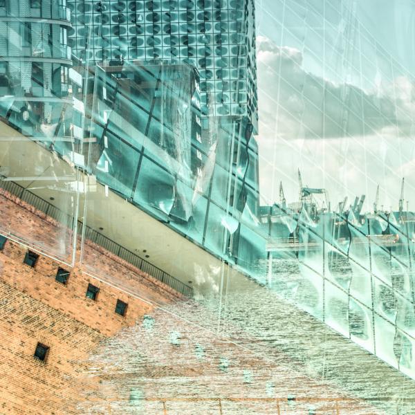 """Project No. 7 """"Honig Licht"""" (Hamburg Hafen City)"""